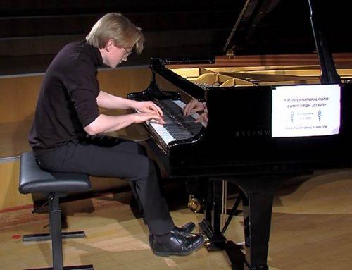 Philipp Hubert (Q12) erfolgreich bei der Clavis Piano Competition